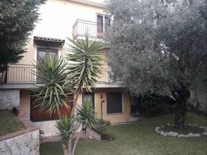 Cod. Pm 070 Villa accorpata recente costruzione San Pietro Clarenza
